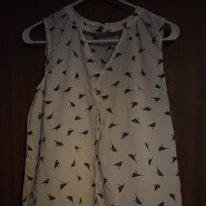 Maurices White w/ Black Birds Tank Top Size M